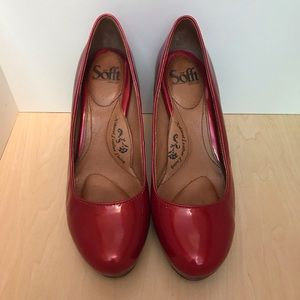 Sofft deep red patent heels size 8